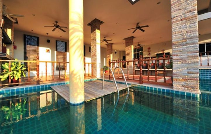 99 ROOMS RESORT BUSINESS FOR SALE PATONG PHUKET WITH POOL