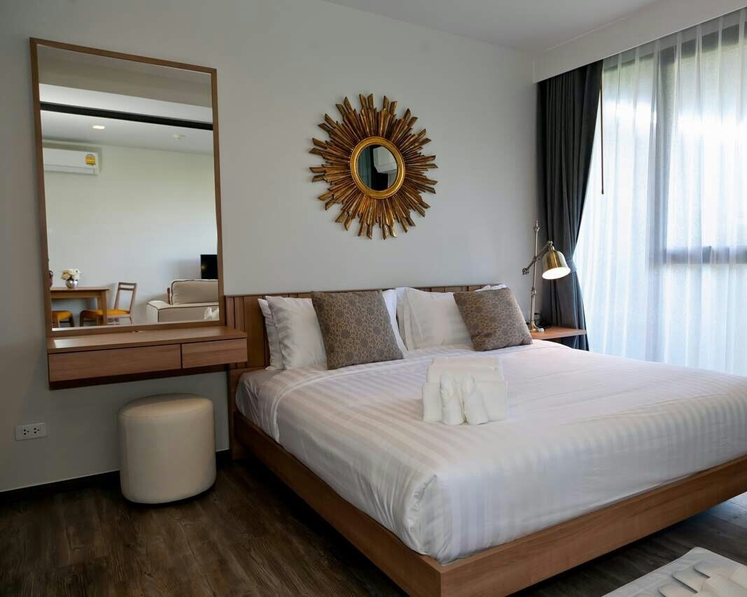 Rental The deck Condo in Patong Beach Popular Phuket Thailand