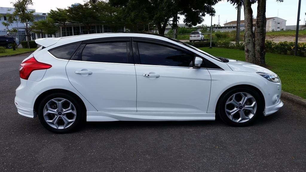 Stunning 2014 Ford Focus S