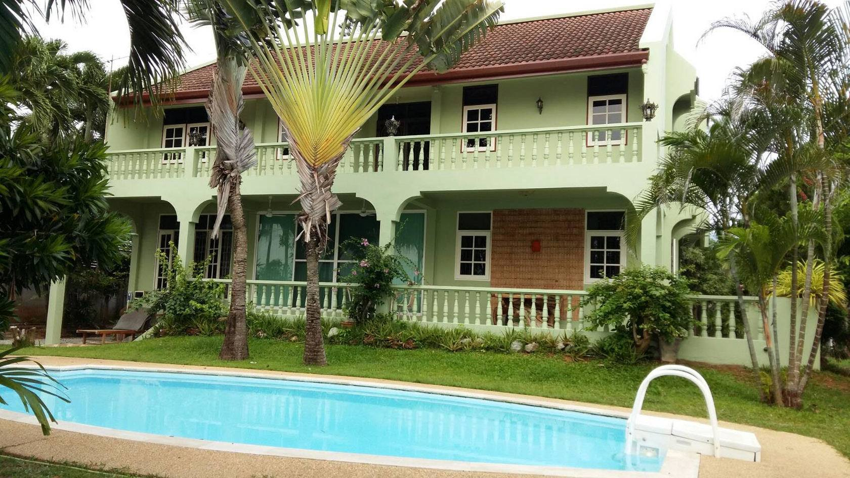 Phuket house for rent/Sale, 3b/3b, Beach Front