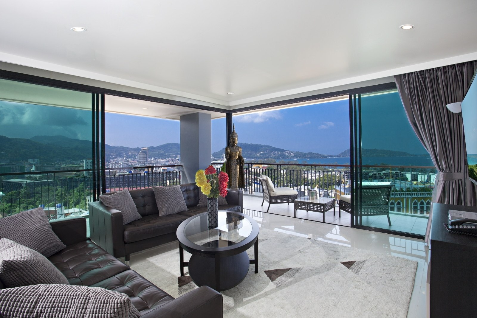 EXCEPTIONAL PENTHOUSE VIEW OF PATONG BAY