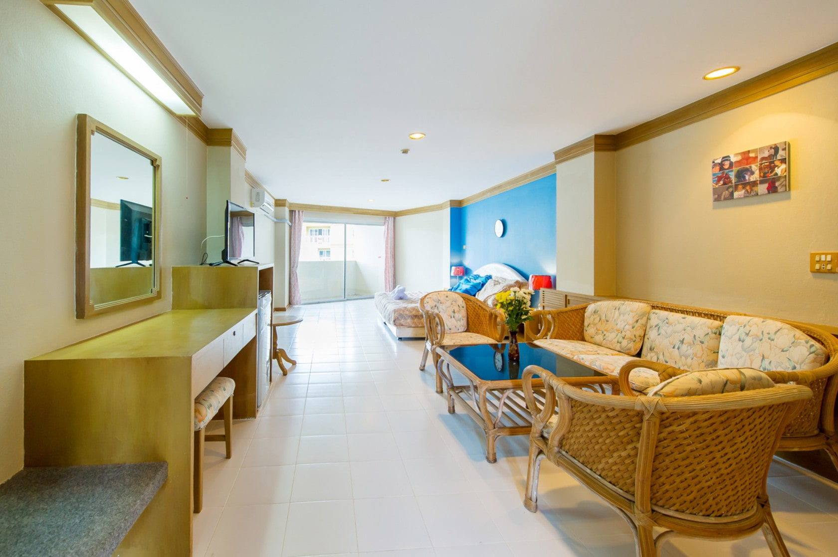 Condo in Patong for long and short term rental free