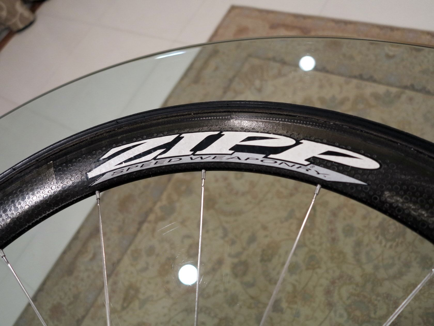 Huge discount RACE CARBON WHEELS ZIPP 404 road and TT bicycle  Brand New