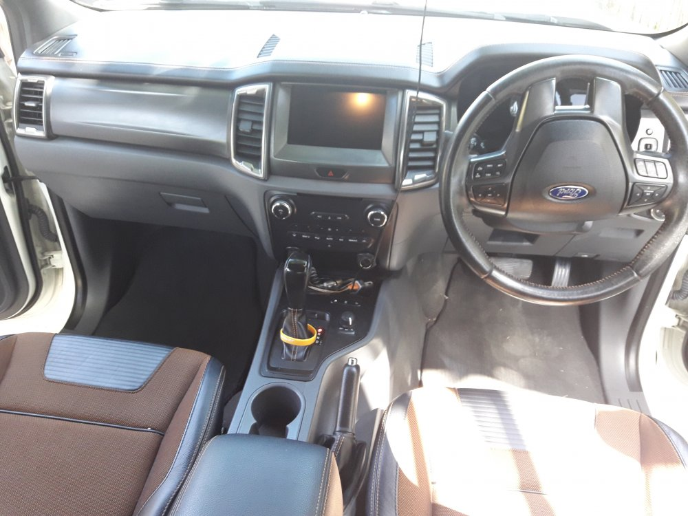 IMMACULATE SHOW ROOM PERFECT CONDITION 2015 FORD 4X4