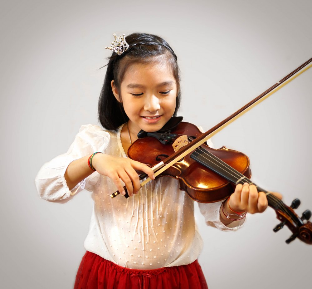 Sign up for violin lessons and get a free violin!