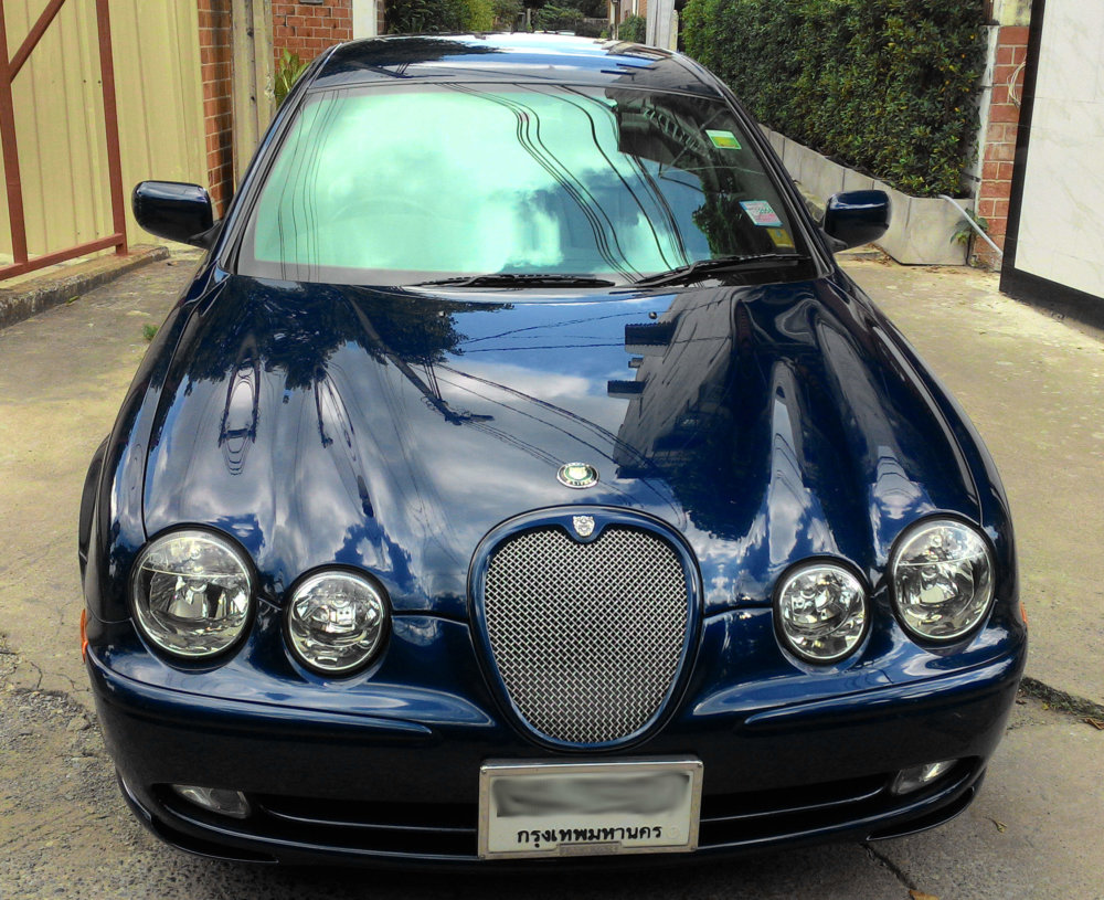 Jaguar S-Type 3.0 V6 2004 only 25,000km