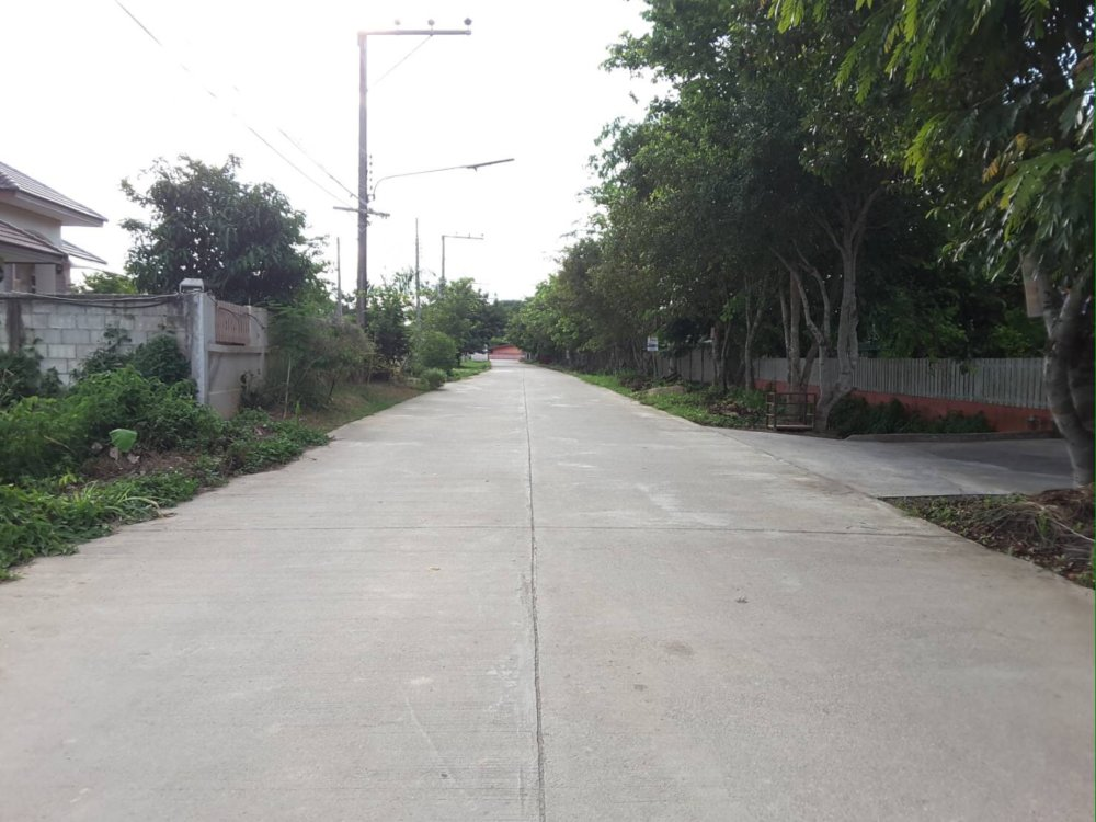 Land for sale near Central Chiang Rai, near HomePro and Chiang Rai Airport. 50,868 Square meter