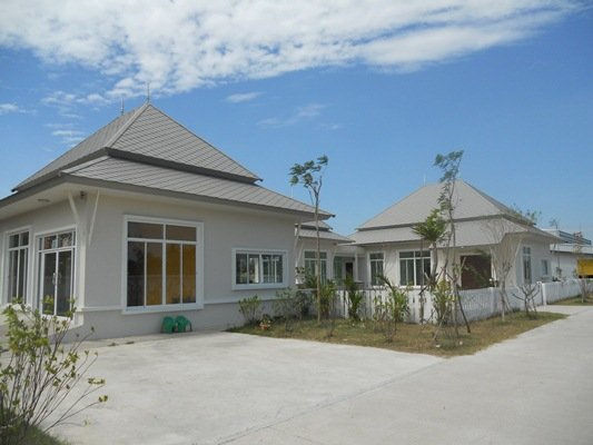 Factory /warehouse for sale in Chonburi city 900 m from 344 road