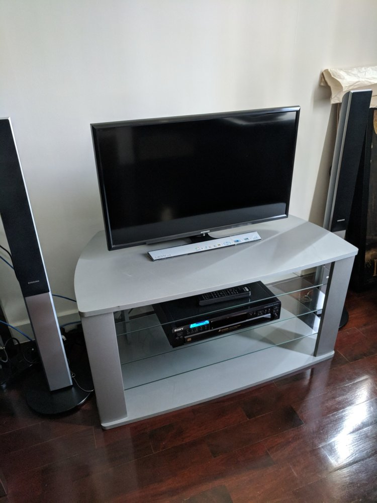 Audio/video TV Stand