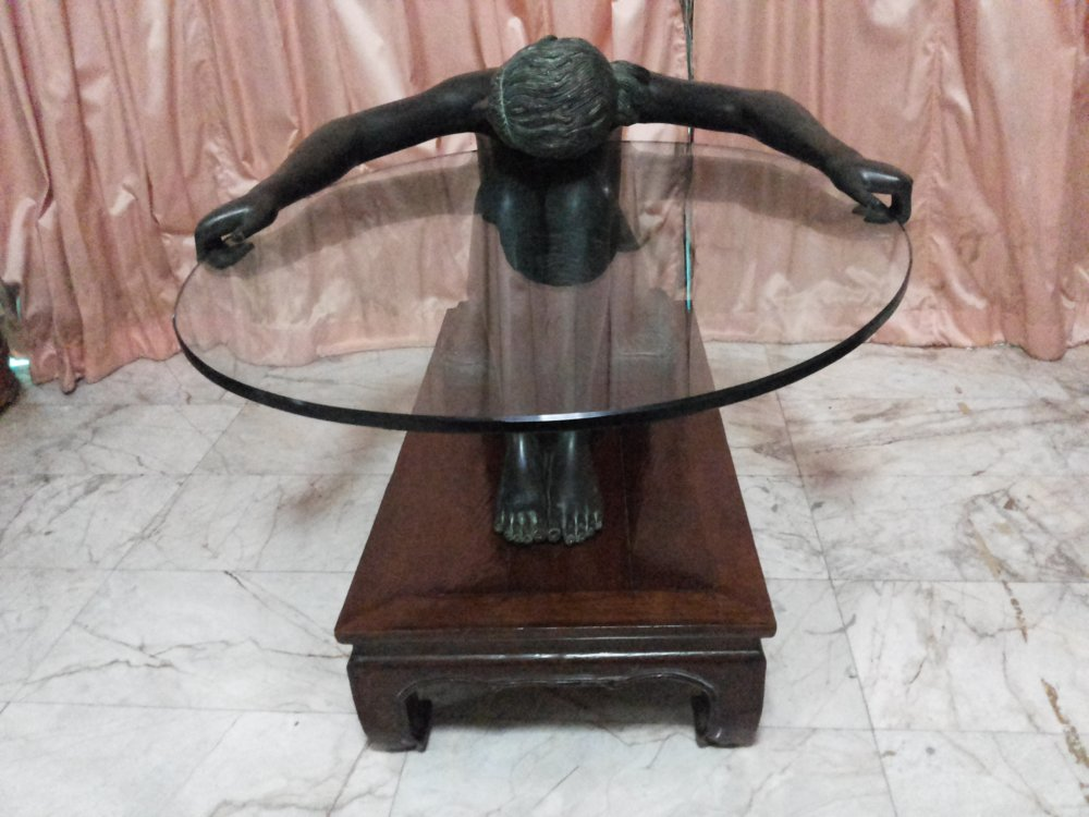 UNUSUAL ANTIQUE TABLE