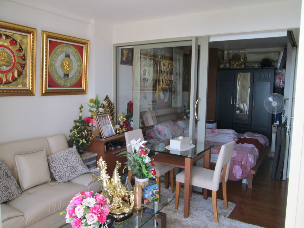 Boathouse Hua Hin 1 bedroom condo with sea view for sale