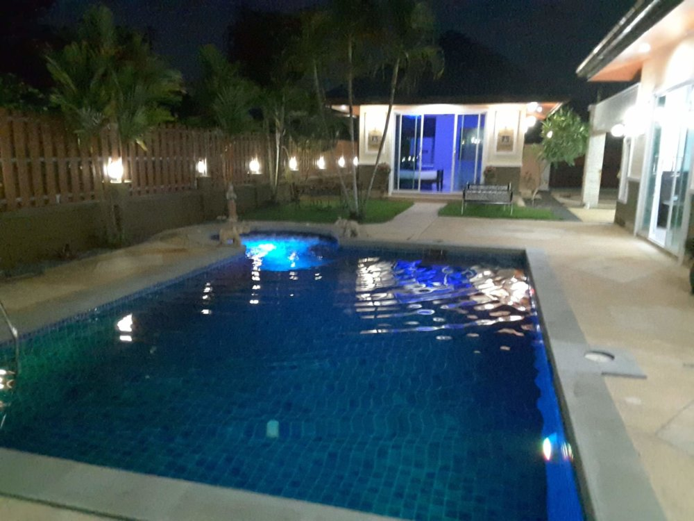 PHUKET VILLA+POOL AND POOLHOUSE FOR SALE