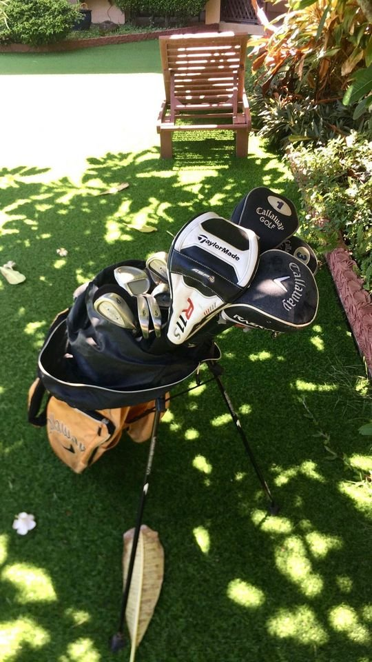 Callaway Golf Clubs and Bag, with many accessories. FULL SET