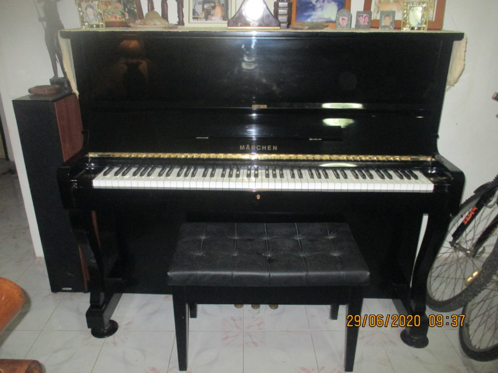 Upright Piano, Marchen (Germany)