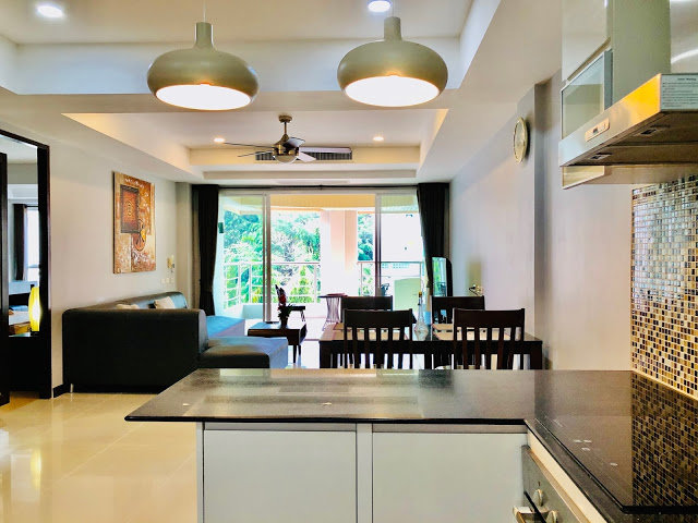 Wide open 2 Bedrooms 1 Bath apartmetnt for sale Patong Phuket