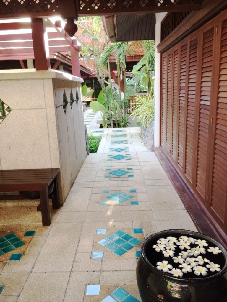 The art of Thai massage - Chann Wellness Spa, Kamala   News by Thaiger