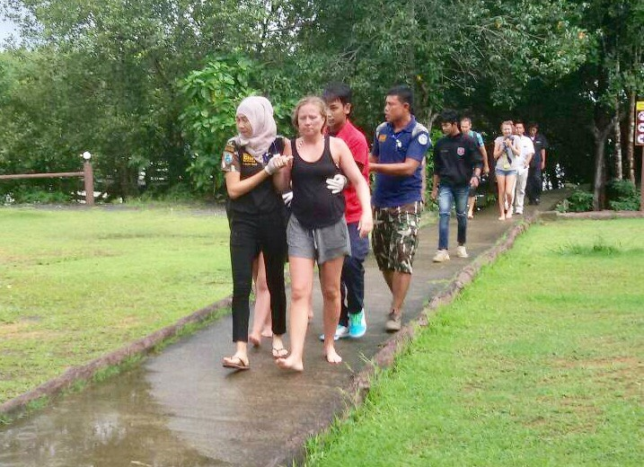Boats collide off James Bond island (Koh Ta Poo). 16 injured. | The Thaiger