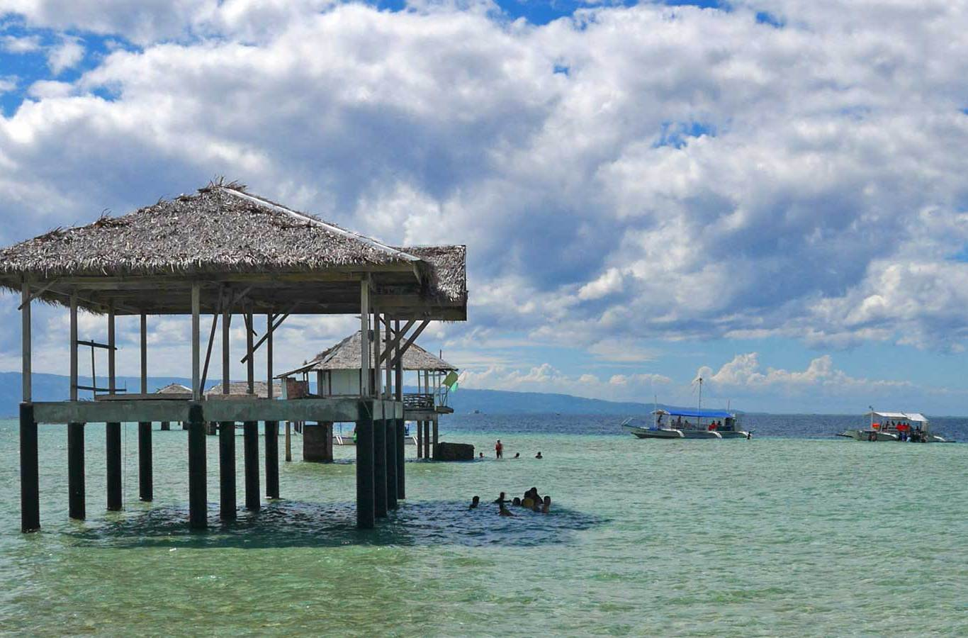 Island hopping in The Philippines | The Thaiger