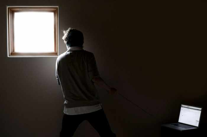 Redirecting unproductive behavior | Thaiger