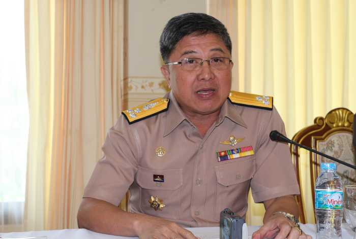 Navy approves umbrellas for Phuket beaches | The Thaiger