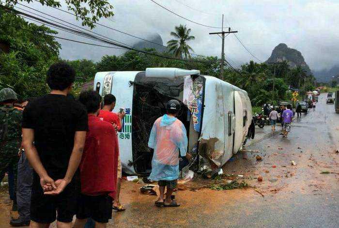 13ac0e780d Phuket tour bus crashes
