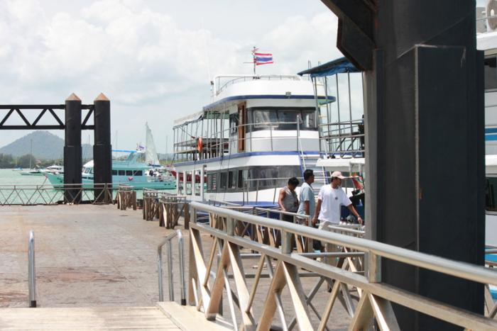 Tourist Police confirm round up of Phuket dive instructors | Thaiger