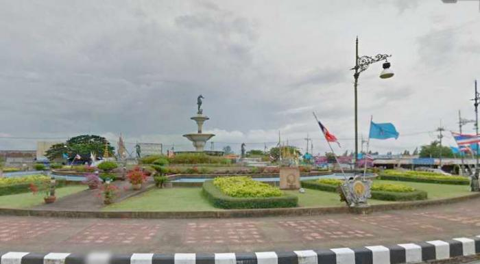 30 cops for 30 gamblers in Phuket Town raid | Thaiger