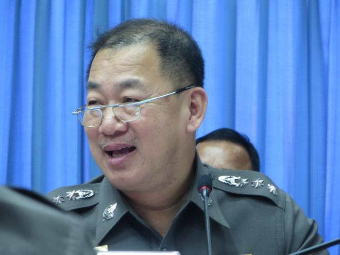 Phuket Police go for the balls to unite Patong | Thaiger