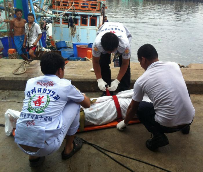 Phuket fishermen discover body of executed man   The Thaiger