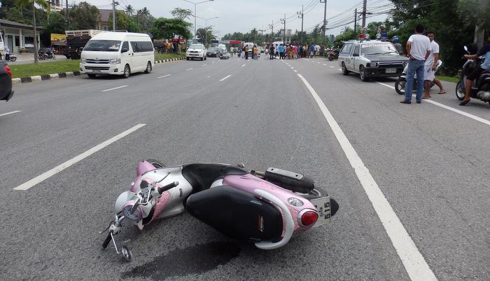 Phuket Songkran road toll stands at 1 dead, 17 injured   Thaiger