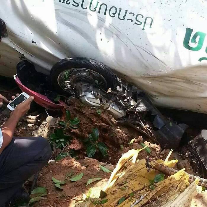 3 injured as water truck flips in Phuket   Thaiger