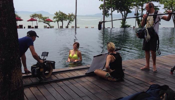Miss Universe Australia 2010 plays in Phuket   Thaiger