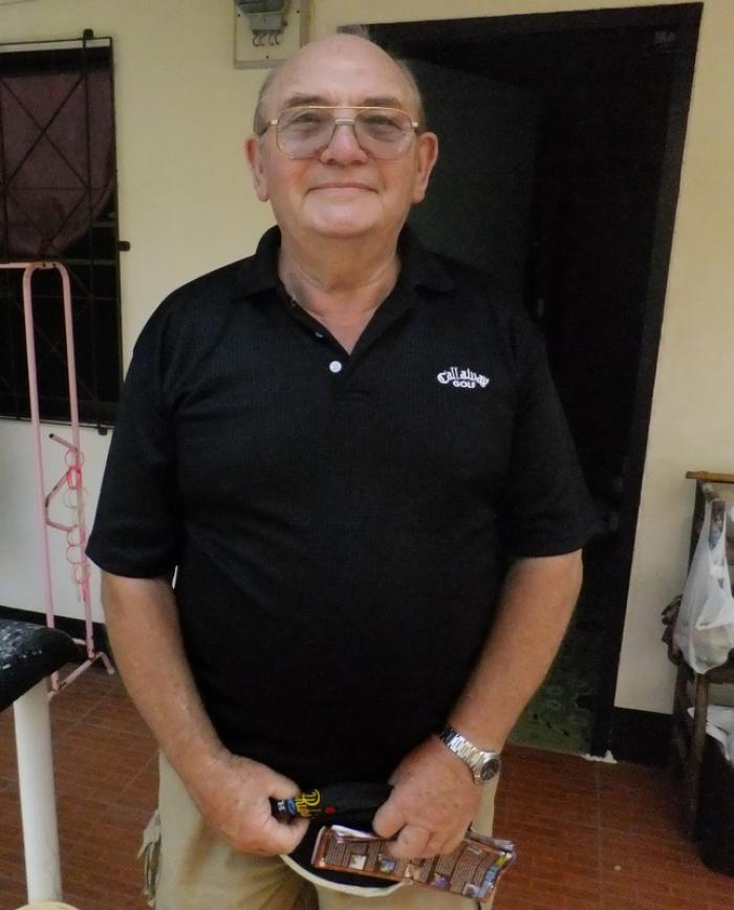 Phuket cigarette vendor to receive new leg | Thaiger