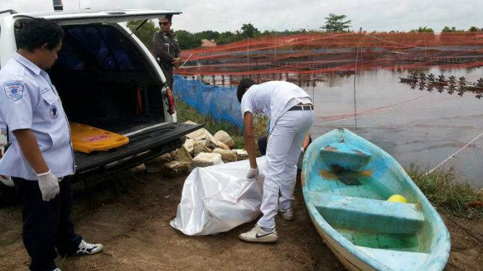 Another Phuket workplace fatality: Shrimp farm worker found dead in boat | Thaiger