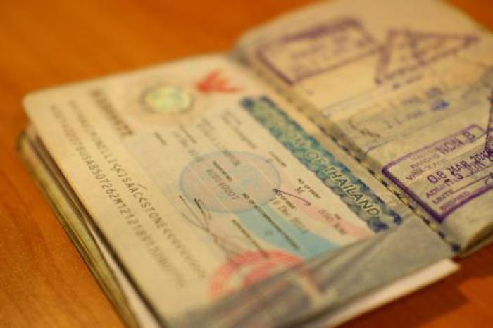 Crackdown banning 'walk-in visa runs' to begin August 13 | Thaiger