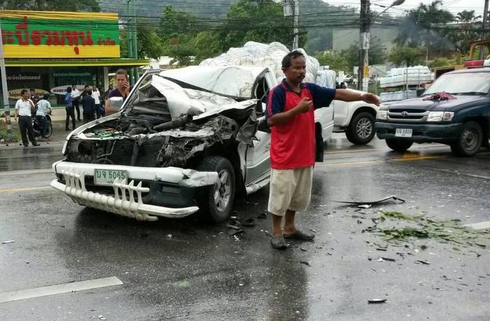 Police rescue driver from mob after two killed at Phuket's 'hundred bodies curve'   Thaiger