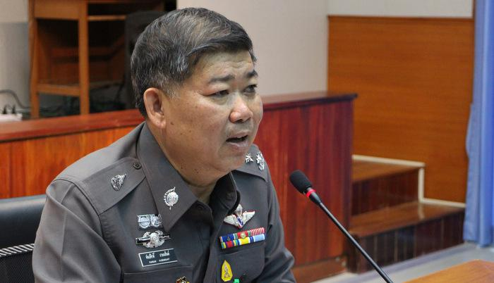 Police recruit translators to help Phuket tourists | Thaiger