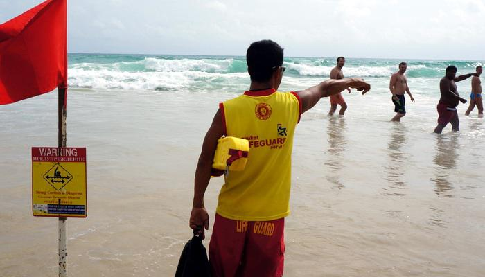 Lifeguards back on Phuket beaches, ask PPAO to plan ahead   Thaiger