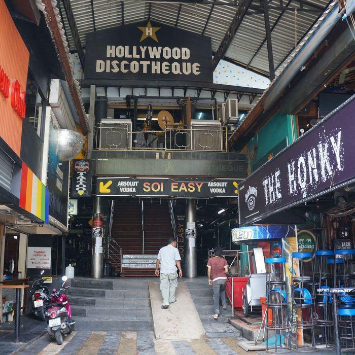 Phuket night workers start day shift to survive curfew | Thaiger