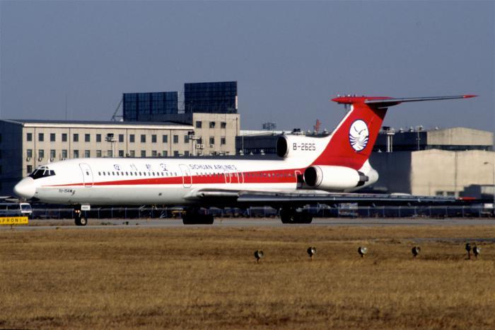 Phuket runway maintenance affects Chinese flights | The Thaiger