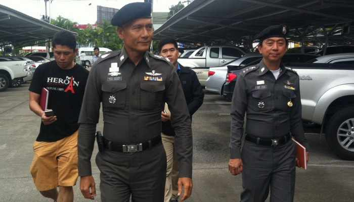 Breaking News: Armed robbers make off with almost a million baht | Thaiger