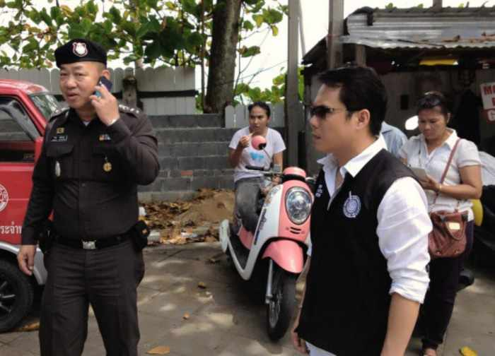 Officers pull down last illegal taxi stand in Patong | Thaiger