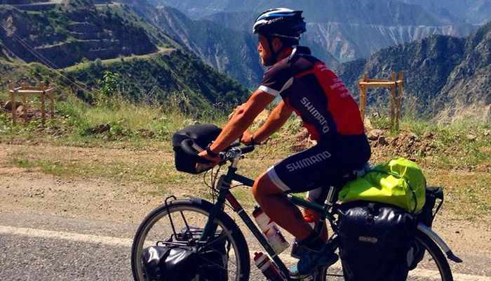 Swedish cyclists bound for Phuket delayed at Iranian border | The Thaiger