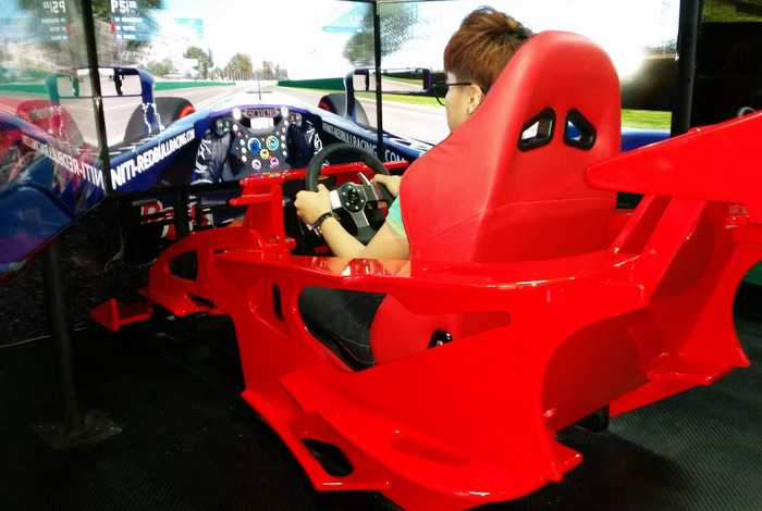 Phuket startup to launch Formula 1 simulators | The Thaiger