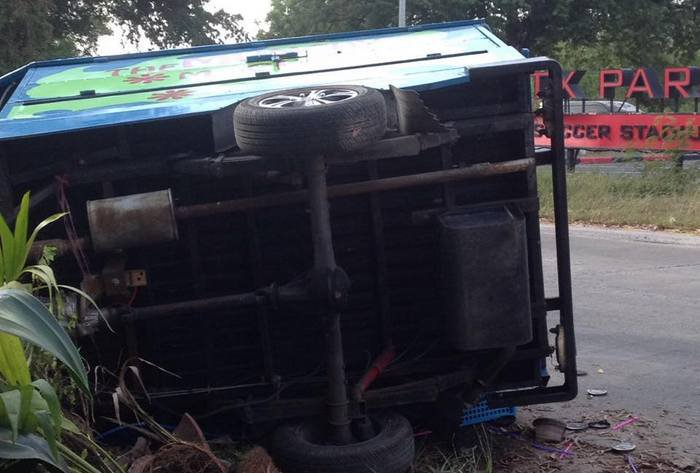Phuket's Munchy Machine almost totalled in hit-and-run [video] | Thaiger