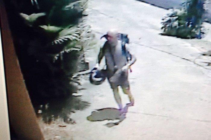 Police hunt mysterious Brit burglar Charlie Machin | Thaiger