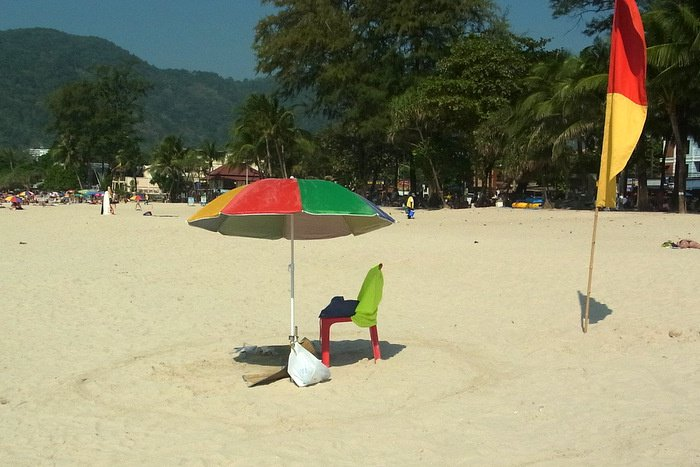 Phuket lifeguard contract in dire straits – again | Thaiger