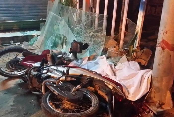 Helmet-less motorcyclist killed in Phuket crash | Thaiger