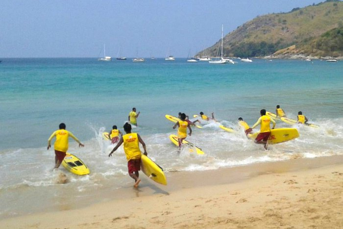 Phuket lifeguards vie for Vietnam contest selection | Thaiger