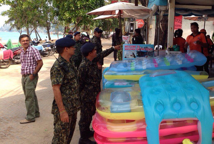 Government evicts Surin Beach clubs | Thaiger